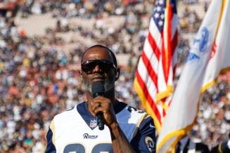 Nov 26 - Brian McKnight (Credit - Jeff Lewis, LA Rams)